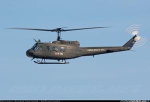 Bell UH-1H Iroquois, ejemplo de rotor de cola tradicional